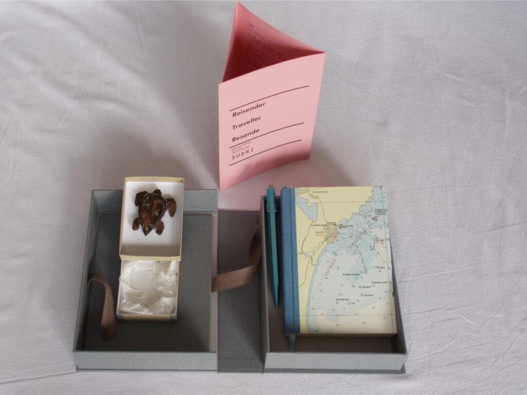 Suðri with box